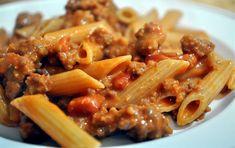 Pasta al pomodoro con ricotta e salsiccia - Kung-Food Sausage Recipes, Pasta Recipes, Cooking Recipes, Yummy Recipes, Vegan Recipes, Pasta Al Pomodoro, Nachos, Hot Sausage, Vodka Sauce