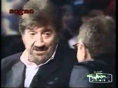 Gigi Proietti - barzelletta SHOCK! Muori dalle risate - YouTube