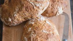 Homemade Rustic No Yeast Bread - An Italian in my Kitchen No Yeast Pizza Dough, No Yeast Bread, Beer Bread, No Knead Bread, Italian Bread Recipes, Quick Bread Recipes, Easy Baking Recipes, Vegan Recipes, Bannock Bread