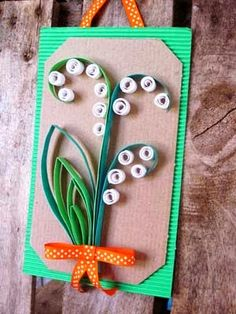 Meisterdada on vahva: lilled Diy Paper, Paper Crafts, 1. Mai, Lily Of The Valley, Paper Plates, Spring Time, Quilling, Origami, Triangle