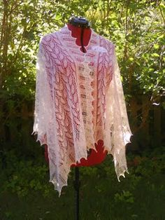 Things I love to make: The weeping willow shawl