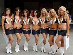 My dream team! Broncos Cheerleaders, Hottest Nfl Cheerleaders, Professional Cheerleaders, Cheerleading Outfits, Celebrity Bikini, Pinup Girl Clothing, Grid Girls, Sporty Girls, Beauty