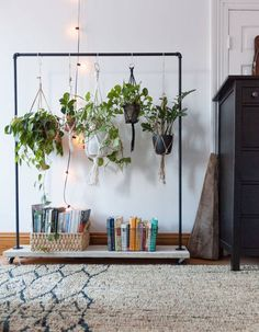 6 Simple and Ridiculous Ideas: Natural Home Decor Bedroom Interiors simple natural home decor plants.Natural Home Decor Modern Chairs natural home decor boho chic living spaces.Natural Home Decor Ideas Hanging Plants. Bedroom Plants Decor, Plant Decor, Wall Decor, Natural Home Decor, Diy Home Decor, Home Decoration, Unique Home Decor, Indoor Garden, Indoor Plants