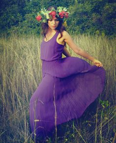The Art of Being a Lady: That Woman // flower crown // field photoshoot // DIY // feminine style // wild child