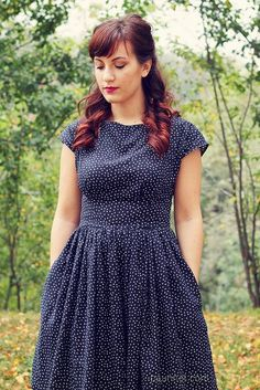 Anna dress by Paunnet, via Flickr