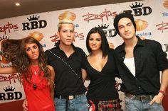 Coletiva de imprensa do grupo RBD em São Paulo, Brasil (27.04.07) - 023 - RBD…