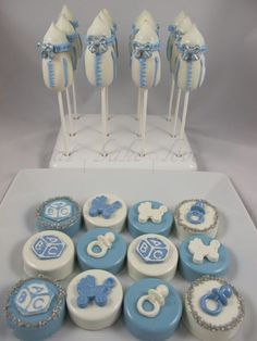 its kk take your timr Chocolate Covered Treats, Chocolate Dipped Oreos, Chocolate Gifts, Chocolate Covered Strawberries, Oreo Treats, Oreo Cookies, Baby Shower Sweets, Baby Shower Cakes, Cookie Pops