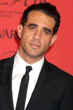 bobby cannavale - have seen him on Nurse Jackie and also Blue Bloods and love his dark, kind of humorous style. Bobby Cannavale, Nurse Jackie, Falling In Love With Him, Blue Bloods, Ex Husbands, Hollywood Glamour, Beautiful Men, Beautiful People, Actors & Actresses