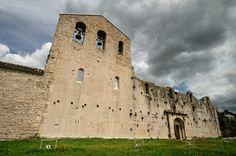 Venosa Basilicata - il castello - 40°58′00″N 15°49′00″E