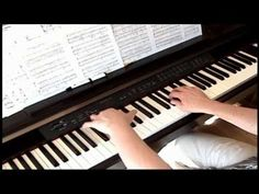 ▶ Walking In the Air - The Snowman - Piano - YouTube