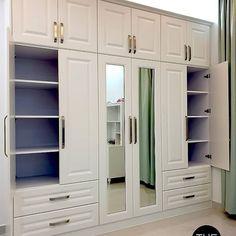 Bedroom Closet Design, Master Bedroom Closet, Bedroom Wardrobe, Closet Designs, Kids Living Rooms, Living Room Decor Cozy, Bedroom Decor, Locker Storage, Kitchen Design