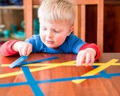 28 játékos tipp a kisgyermekek finommozgásának fejlesztéséhez - Cukimamik
