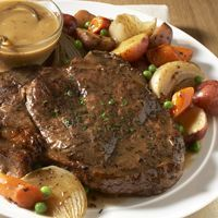 Classic Beef Pot Roast with Root Vegetables (use boneless beef chuck shoulder, arm or blade pot roast) -Fareway (Slow Cooker Mix Vegetables) Chuck Roast Recipes, Pot Roast Recipes, Meat Recipes, Slow Cooker Recipes, Crockpot Recipes, Cooking Recipes, Cooking Tips, Game Recipes, Meatball Recipes