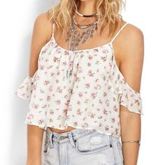 8c81df4662ddc Floral crop top So adorable. sleeve frills go off the shoulder. never been  worn Forever 21 Tops Crop Tops