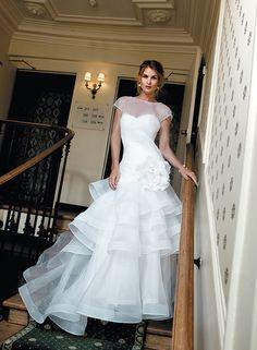 Soyons honnêtes mesdames, quand on parle mariage, on ne pense ni aux invités, ni au costume de notre bien-aimé. Non, on songe bien sûr à la robe...