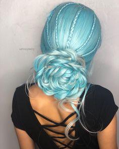"9,379 Likes, 57 Comments - Hair Makeup Nails Blogger (@hotonbeauty) on Instagram: "" Last Summer Getaway by @makeupbyfrances #hotonbeauty . . . . #aquahair #pinkhair #purplehair…"""