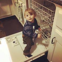 Via Zach: ...never change Oli ... never change #DishWasherSurfing #zachmyers #shinedown   via Instagram http://ift.tt/2miq3oN  Shinedown Zach Myers