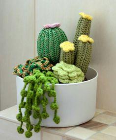 Inspiration only no pattern – Artofit Crochet Patterns Amigurumi, Crochet Dolls, Knit Crochet, Cactus Craft, Cactus Decor, Crochet Cactus, Crochet Flowers, Knitting Projects, Crochet Projects