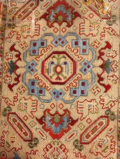 Ionian Island embroidery, Benaki Museum, probably Corfu / Kerkira, circa 1700 Star Patterns, Cross Stitch Patterns, Benaki Museum, Palestinian Embroidery, Folk Embroidery, Corfu, Vintage Textiles, Islamic Art, Athens