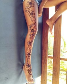 Top 50 Henna Tattoo Designs – New Tatto Designs 2018 – Tätowierungen Full Leg Tattoos, Leg Tattoos Women, Foot Tattoos, Flower Tattoos, Body Art Tattoos, Girl Tattoos, Tatoos, Side Of Leg Tattoo, Tattoo Legs