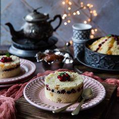Tcharek msaker : Corne de Gazelle - La Casbah des Delices Cheesecake, Desserts, Tailgate Desserts, Deserts, Cheesecakes, Postres, Dessert, Cherry Cheesecake Shooters, Plated Desserts