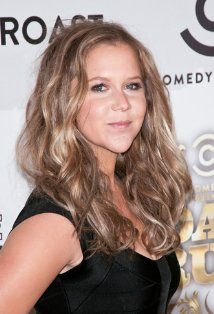 """Amy Schumer """" I'm not saying she a gold digger, but she ain't messin with no broke Wayne Bradys"""" lol gotta love her"""