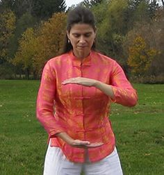 Qigong for Women: Gynecological Health | YMAA.COM