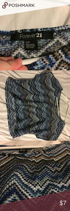 Forever 21 Blue Crop Top This is a very comfortable blue zigzag crop top from Forever 21. This has been never worn and is in brand new condition. Forever 21 Tops Crop Tops