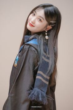 Dream Note, China Art, Face Claims, Girl Face, Jimin, Dreadlocks, Profile, Kpop, Shape