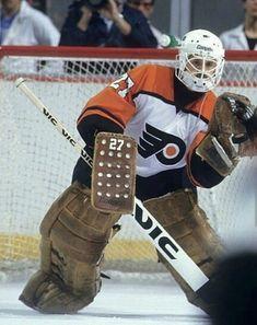 Hockey Rules, Flyers Hockey, Hockey Goalie, Ice Hockey, La Kings Hockey, Hockey Stuff, Nfl Fans, Philadelphia Flyers, Eagles