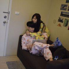 Man look at his sleepers Ulzzang Korea, Korean Ulzzang, Ulzzang Boy, Couple Goals, Cute Couples Goals, Girl Couple, Sweet Couple, Cute Korean, Korean Girl