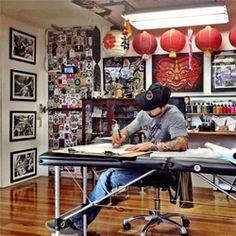 Tattoo Studios & Stores in India - Kraayonz Tattoo Studios Tattoo Shop Decor, Tattoo Studio Interior, Studio Mumbai, Tattoo Themes, Tattoo Parlors, Bedding Shop, Tattoo Artists, Decoration, Cool Tattoos