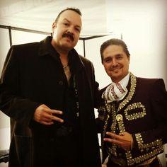Al terminar el Concierto en #PueblaDeLosAngeles Mexico 15/Sep/2013  #ReyDelMariachi