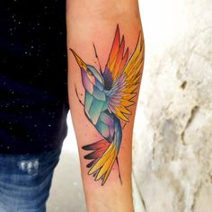 Colorful hummingbird tattoo by Duza