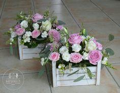 Gardening – Gardening Ideas, Tips & Techniques Funeral Flower Arrangements, Funeral Flowers, Floral Arrangements, Wedding Flowers, Deco Floral, Floral Design, Floral Centerpieces, Wedding Centerpieces, Bridal Shower Decorations