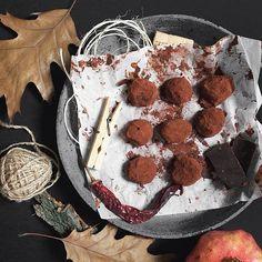 #thatfirstfeeling #foodstyling #foodphotography #chocolate #chocolatetruffles #truffles by Andreea Robescu