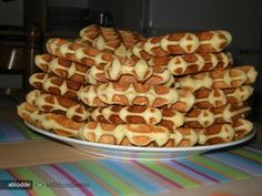 Romanian Desserts, Pancakes And Waffles, Pastry Cake, Baby Food Recipes, Sweet Treats, Good Food, Brunch, Food And Drink, Sweets
