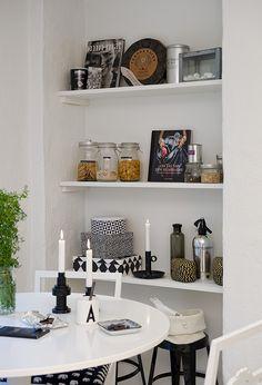 shelves decorating idea for kitchen .... Love the mason jar candles