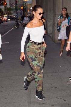 Bella Hadid Out in New York 06/14/2017. Celebrity Fashion and Style | Street Style | Street Fashion