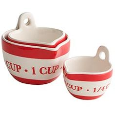 Retro Measuring Cups These would look great in a red kitchen.