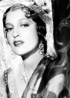 Jeanette MacDonald....loved her!!