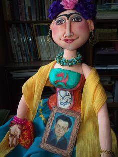 Frida with Diego´s portrait. Elsa Sanguino. 2015