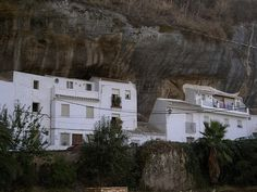 Setenil de las Bodegas, a city under a rock