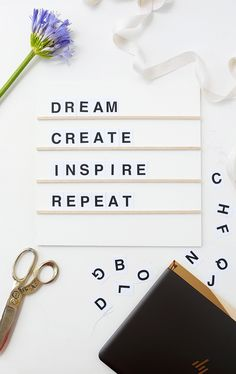 Make this DIY Modern Message Board with free printable letters!