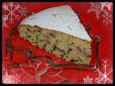 Υλικά: 500γρ αλεύρι που φουσκώνει μόνο του 1 1/2 φλ. τσαγιού ζάχαρη 1 1/2 φλ. τσαγιού γάλα 250γρ βούτυρο ή μαργαρίνη 5 αυγ... Greek Desserts, Greek Recipes, New Year's Cake, Biscuit Recipe, Christmas Time, Christmas Recipes, Xmas, Caramel, Sweet Tooth