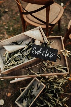 Fun Wedding Confetti Alternatives for Your Ceremony Recessional and Grand Exit (Junebug Weddings) Rustic Italian Wedding, Italian Wedding Themes, Italian Theme, Tuscan Wedding, Elegant Wedding, Italian Wedding Traditions, Italian Weddings, Inexpensive Wedding Favors, Fun Wedding Favors