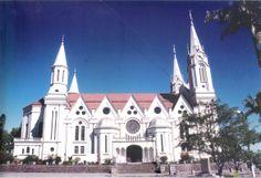 Igreja Matriz São Pedro Apóstolo, Gaspar / Santa Catarina, Brasil - foto by Marisete Fachini Girardello