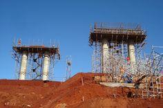 Jataí News: Avançam as obras da ponte sobre o Rio Claro