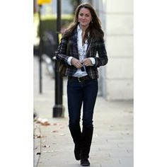 October 2006 - Kate walking in London.