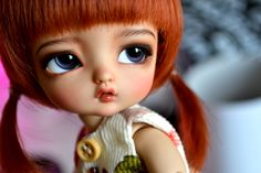 Katie, this is your favorite tiny delf mold, Alice. She's so cute :D